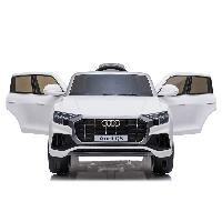 2019 New Arrival SparkFun Licensed Audi Q8 배터리 구동 Remote Control Toy Car Kids Driving Ride On Car (ST-G2066)